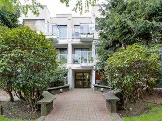 "Photo 3: 204 830 E 7TH Avenue in Vancouver: Mount Pleasant VE Condo for sale in ""FAIRFAX"" (Vancouver East)  : MLS®# R2083827"