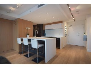 """Photo 4: 1203 918 COOPERAGE Way in Vancouver: Yaletown Condo for sale in """"THE MARINER"""" (Vancouver West)  : MLS®# V1048985"""