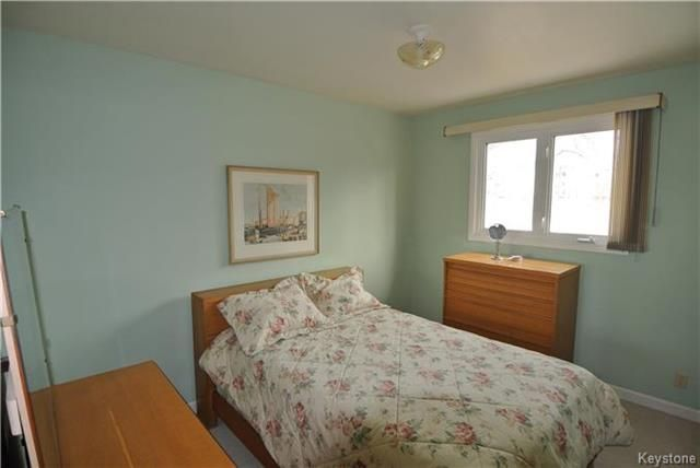 Photo 9: Photos: 410 Cabana Place in Winnipeg: Residential for sale (2A)  : MLS®# 1810085