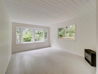 Photo 11: 17 240 HARRY Road in Gibsons: Gibsons & Area Manufactured Home for sale (Sunshine Coast)  : MLS®# R2588608