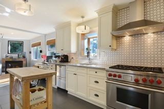 Photo 7: 952 LEE Street: White Rock House for sale (South Surrey White Rock)  : MLS®# R2351261