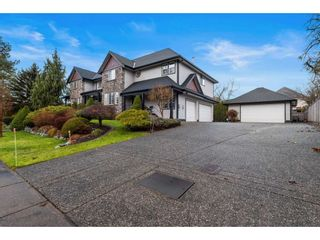 Photo 3: 22015 44 Avenue in Langley: Murrayville House for sale : MLS®# R2540238