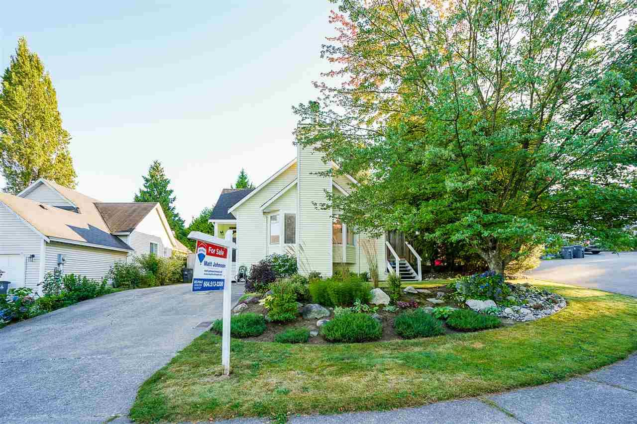"Photo 1: Photos: 13474 62A Avenue in Surrey: Panorama Ridge House for sale in ""NORTHRIDGE"" : MLS®# R2488923"