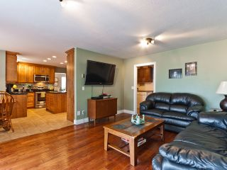 """Photo 7: 14743 69A Avenue in SURREY: East Newton House for sale in """"Chimney Heights"""" (Surrey)  : MLS®# F1210167"""