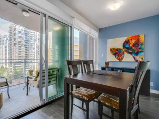 "Photo 6: 905 1372 SEYMOUR Street in Vancouver: Downtown VW Condo for sale in ""THE MARK"" (Vancouver West)  : MLS®# R2077192"
