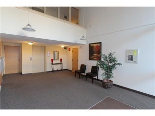 """Photo 14: 307 620 BLACKFORD Street in New Westminster: Uptown NW Condo for sale in """"DEERWOOD COURT"""" : MLS®# V1055259"""