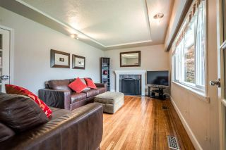 Photo 6: 4913 PIONEER Avenue in Burnaby: Forest Glen BS House for sale (Burnaby South)  : MLS®# R2165068