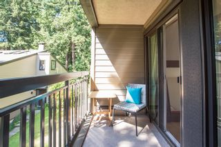 """Photo 25: 967 HERITAGE Boulevard in North Vancouver: Seymour NV Townhouse for sale in """"HERITAGE IN THE WOODS"""" : MLS®# R2488436"""