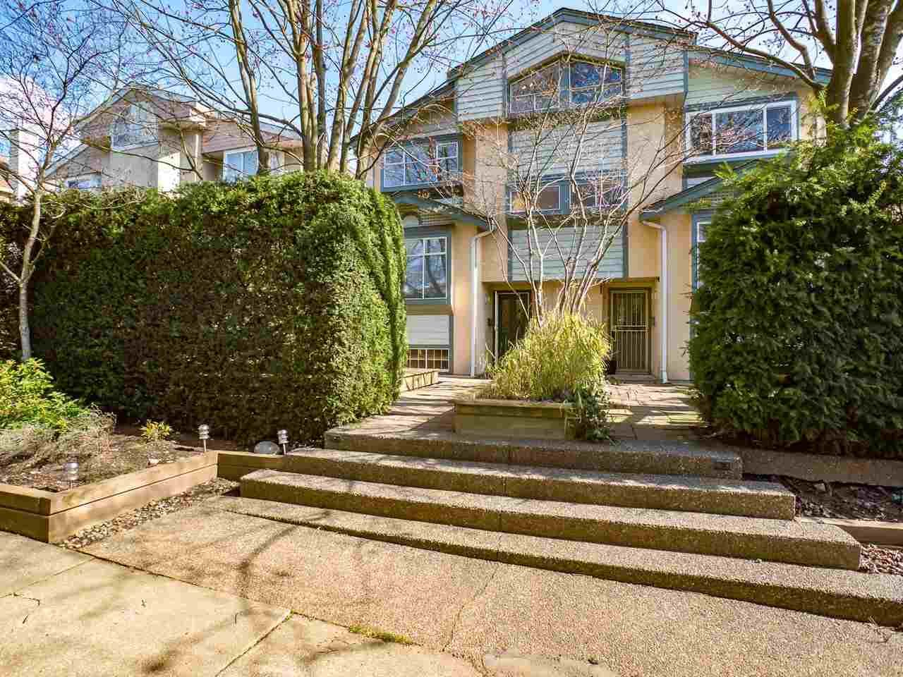 """Main Photo: 8490 FRENCH Street in Vancouver: Marpole 1/2 Duplex for sale in """"MARPOLE"""" (Vancouver West)  : MLS®# R2483416"""