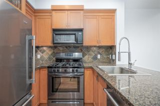 """Photo 11: 111 10 RENAISSANCE Square in New Westminster: Quay Condo for sale in """"MURANO LOFTS"""" : MLS®# R2431581"""