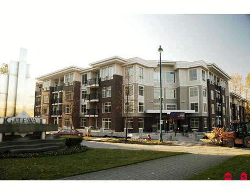 Main Photo: 114 13555 Gateway Drive in Surrey: Whalley Condo  (North Surrey)  : MLS®# R2190266