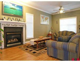 """Photo 3: 46 8675 209TH Street in Langley: Walnut Grove House  in """"The Sycamores"""" : MLS®# F2711831"""
