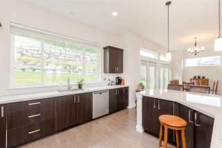"""Photo 6: 25480 BOSONWORTH Avenue in Maple Ridge: Thornhill MR House for sale in """"The Summit at Grant Hill"""" : MLS®# R2354121"""