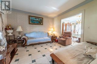 Photo 8: 983 BRUCE AVENUE in Windsor: House for sale : MLS®# 21017482
