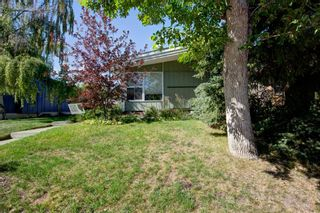 Photo 3: 6207 Lloyd Crescent SW in Calgary: Lakeview Detached for sale : MLS®# A1144940