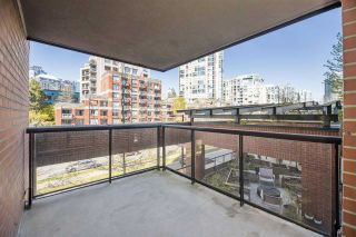 """Photo 14: 3E 199 DRAKE Street in Vancouver: Yaletown Condo for sale in """"CONCORDIA 1"""" (Vancouver West)  : MLS®# R2567054"""