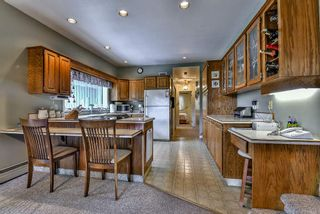 Photo 2: 9322 162A Street in Surrey: Fleetwood Tynehead House for sale : MLS®# R2148436