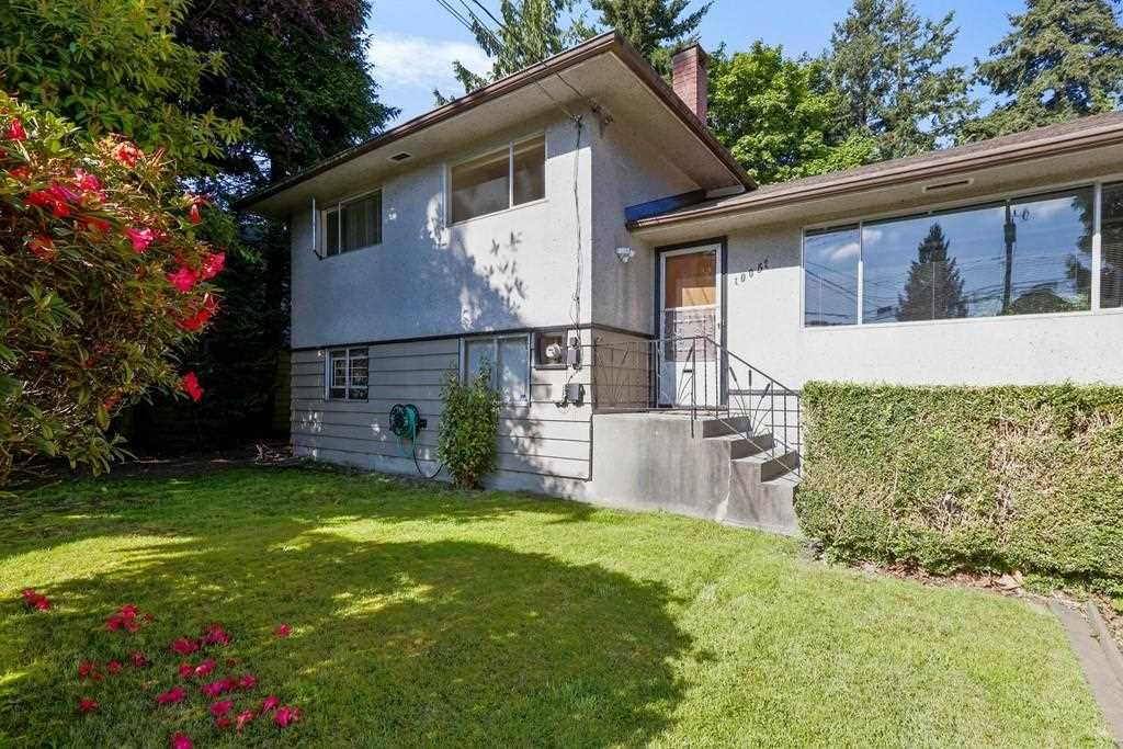 """Main Photo: 10051 NO. 4 Road in Richmond: South Arm House for sale in """"South Arm"""" : MLS®# R2583431"""