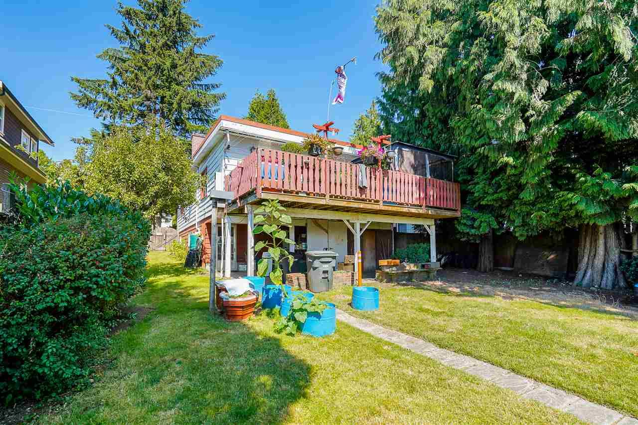 Photo 35: Photos: 8030 13TH Avenue in Burnaby: East Burnaby House for sale (Burnaby East)  : MLS®# R2494365