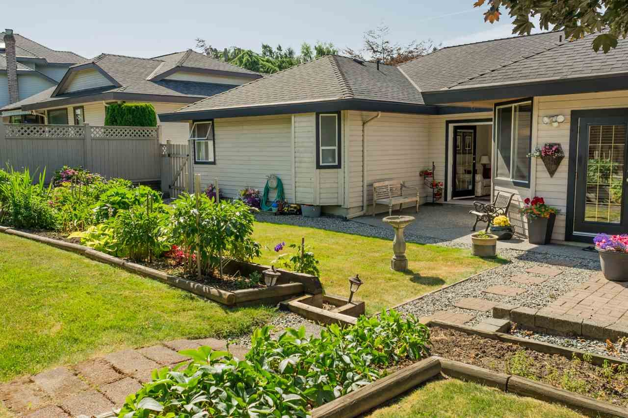 """Photo 3: Photos: 16329 79A Avenue in Surrey: Fleetwood Tynehead House for sale in """"Hazelwood Grove"""" : MLS®# R2186258"""