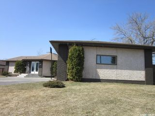 Photo 3: 408 Macdonald Street in Nipawin: Residential for sale : MLS®# SK819756