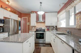 Photo 1: 6207 Lloyd Crescent SW in Calgary: Lakeview Detached for sale : MLS®# A1144940