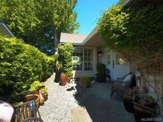 Photo 10: 555 Fairways Pl in COBBLE HILL: ML Cobble Hill Half Duplex for sale (Malahat & Area)  : MLS®# 677307
