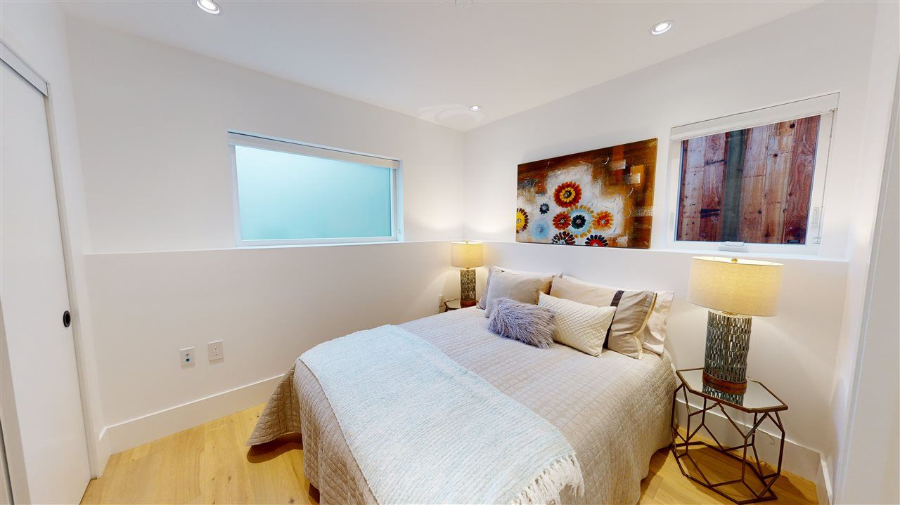 Photo 17: Photos: 1914 GRAVELEY Street in Vancouver: Grandview Woodland 1/2 Duplex for sale (Vancouver East)  : MLS®# R2535206