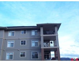 """Photo 10: 404 45769 STEVENSON Road in Sardis: Sardis East Vedder Rd Condo for sale in """"PARK PLACE"""" : MLS®# H2705052"""