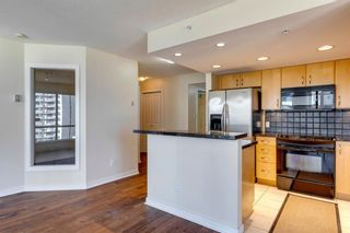 Photo 8: 802 1078 6 Avenue SW in Calgary: Downtown West End Apartment for sale : MLS®# A1038464