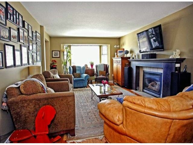 Photo 3: Photos: 35293 BELANGER Drive in Abbotsford: Abbotsford East House for sale : MLS®# F1306668