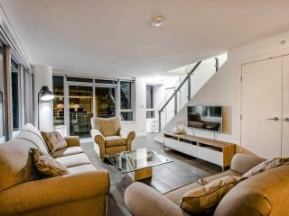 "Photo 27: 1801 1009 HARWOOD Street in Vancouver: West End VW Condo for sale in ""THE MODERN"" (Vancouver West)  : MLS®# R2488583"