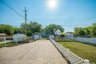 Photo 37: 332 F Avenue South in Saskatoon: Riversdale Residential for sale : MLS®# SK861397