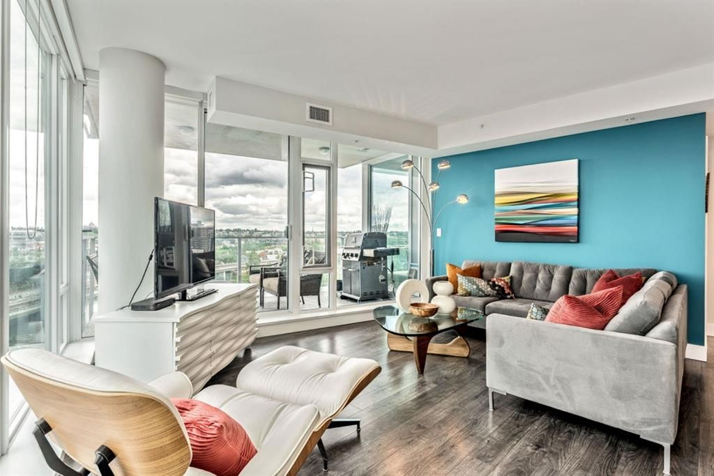 Main Photo: 1002 519 Riverfront Avenue SE in Calgary: Downtown East Village Apartment for sale : MLS®# A1125350