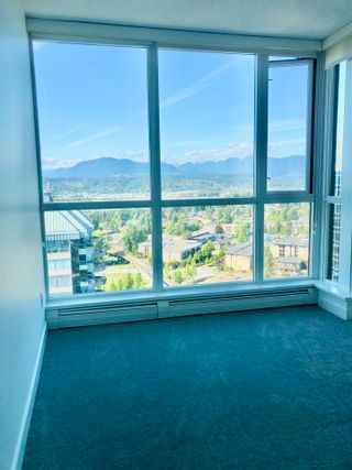 """Photo 8: 2410 10777 UNIVERSITY Drive in Surrey: Whalley Condo for sale in """"CITYPOINT"""" (North Surrey)  : MLS®# R2588021"""