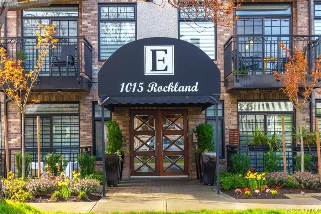 Main Photo: 302 1015 Rockland Ave in VICTORIA: Vi Downtown Condo for sale (Victoria)  : MLS®# 783856