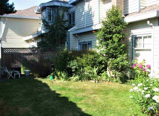 """Photo 3: 22 8551 GENERAL CURRIE Road in Richmond: Brighouse South Townhouse for sale in """"THE CRESCENT"""" : MLS®# R2387071"""