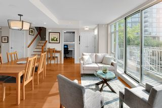 """Photo 7: TH 106 918 COOPERAGE Way in Vancouver: Yaletown Townhouse for sale in """"MARINER"""" (Vancouver West)  : MLS®# R2366351"""