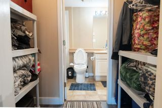 """Photo 13: 210 13780 76 Avenue in Surrey: East Newton Condo for sale in """"Earls Court"""" : MLS®# R2596740"""