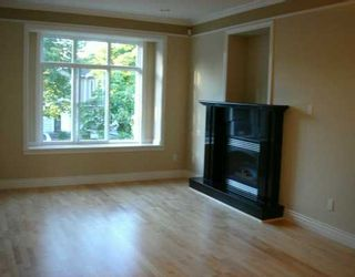 Photo 2: 3540 WILLIAM ST in Vancouver: Renfrew VE House for sale (Vancouver East)  : MLS®# V602510