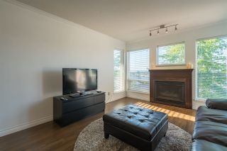 Photo 3: 410 33738 KING Road in Abbotsford: Poplar Condo for sale : MLS®# R2171658