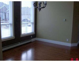 Photo 3: 7639 149TH ST in Surrey: East Newton House for sale : MLS®# F2902924