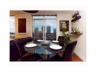 Photo 4: 904 1055 HOMER Street in Vancouver: Yaletown Condo for sale (Vancouver West)  : MLS®# V969340