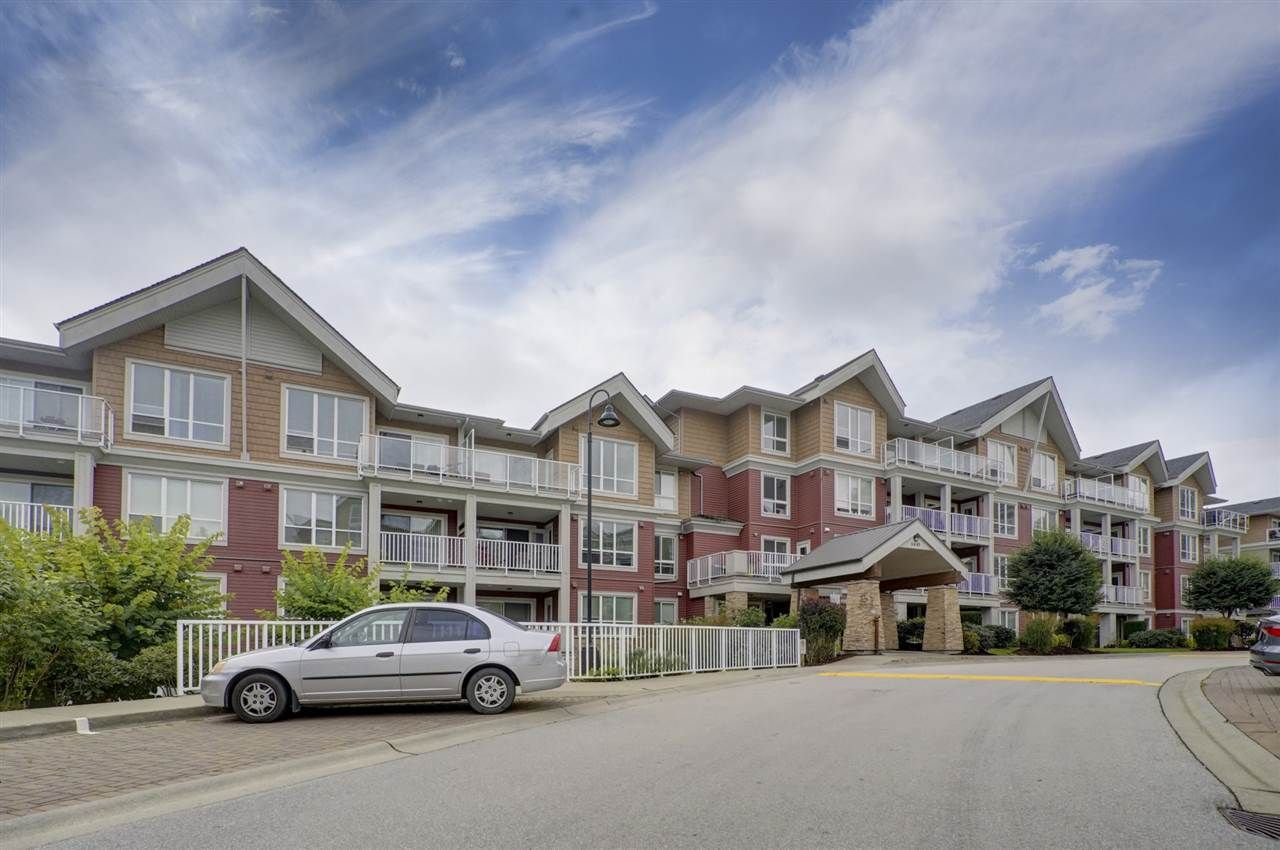 "Main Photo: 511 6440 194 Street in Surrey: Clayton Condo for sale in ""WATERSTONE"" (Cloverdale)  : MLS®# R2404000"