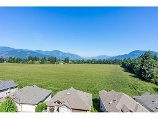 """Photo 1: 30 47470 CHARTWELL Drive in Chilliwack: Little Mountain House for sale in """"Grandview Ridge Estates"""" : MLS®# R2520387"""