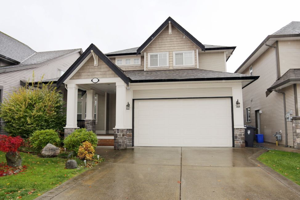 """Main Photo: 8377 208B Street in Langley: Willoughby Heights House for sale in """"The Uplands"""" : MLS®# R2220478"""