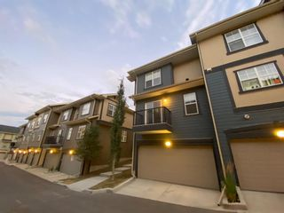 Photo 2: 139 EVANSCREST Gardens NW in Calgary: Evanston Row/Townhouse for sale : MLS®# A1032490