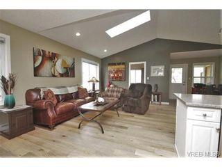 Photo 9: 201 6718 W Grant Rd in SOOKE: Sk Sooke Vill Core Half Duplex for sale (Sooke)  : MLS®# 724816