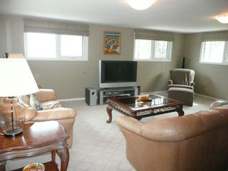 Photo 7: 327 Nightingale Road in Winnipeg: St James Single Family Detached for sale (West Winnipeg)