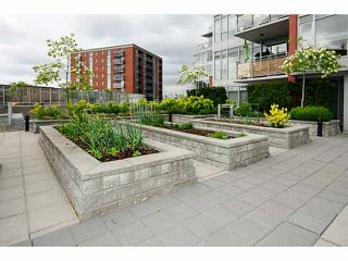 """Photo 17: 415 2321 SCOTIA Street in Vancouver: Mount Pleasant VE Condo for sale in """"SOCIAL"""" (Vancouver East)  : MLS®# V1121141"""